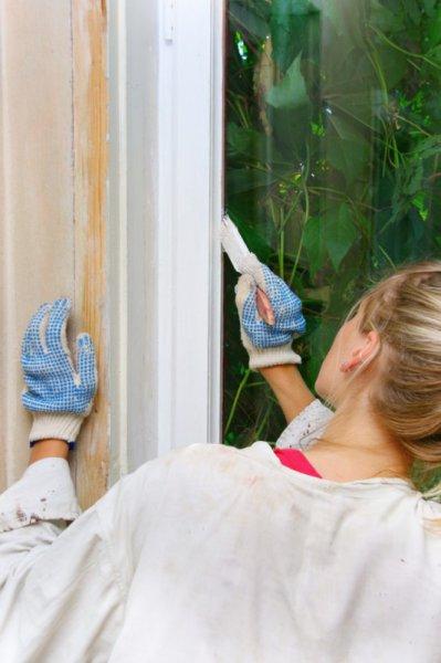 Реставрационная покраска старых окон