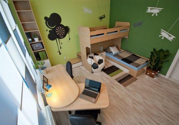 Двухъярусные кровати в интерьере детской комнаты
